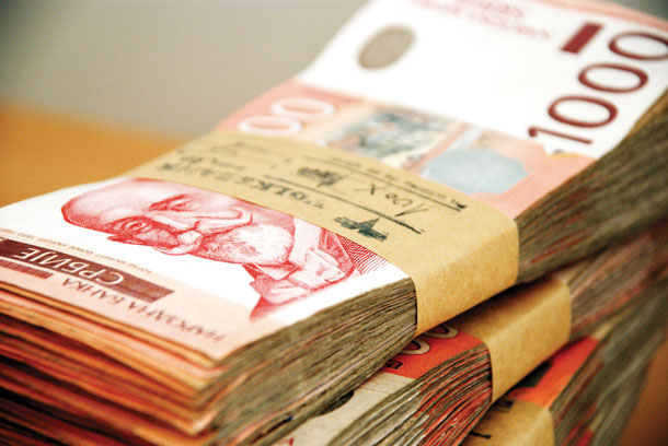Prosečna plata u avgustu 44.770 dinara
