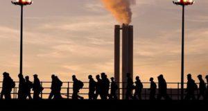 SUROVA ISTINA: Svi u regionu beleže rast, samo u Srbiji pad