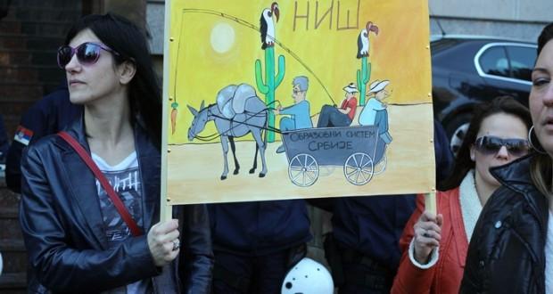 U školama širom Srbije danas nije održan prvi čas