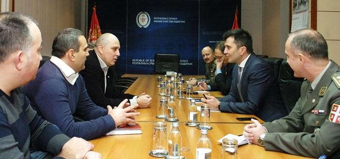 """Sastanak """"Sloge"""" sa ministrom odbrane i njegovim saradnicima"""