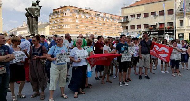 Radnici DES-a protestovali ispred Gradske kuće; moguća radikalizacija štrajka